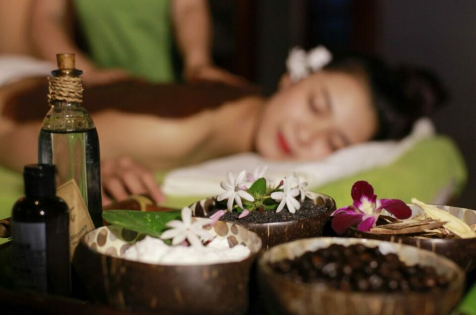 Midas Massage,Scrub and flower bath